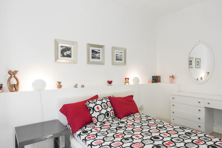 Apartment with patio - St Julians - San Ġiljan