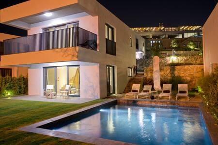 Ramada Resort -1BR Villa - ボドルム