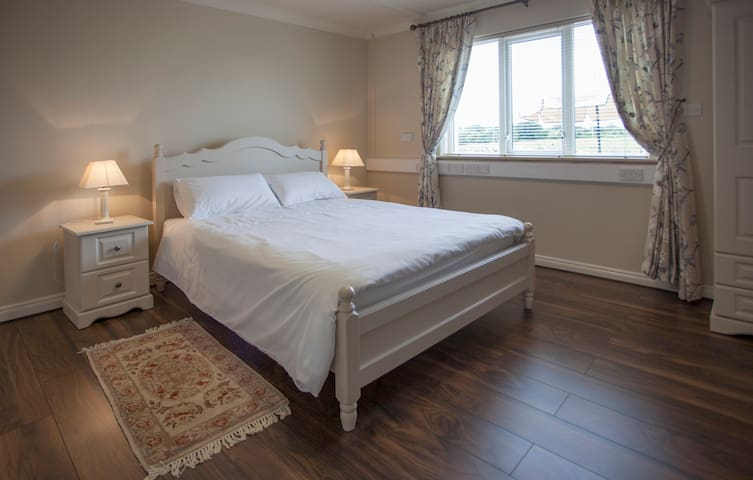 Cosy 2 Bedroom Apt. in Clarinbridge - Galway - Apartamento