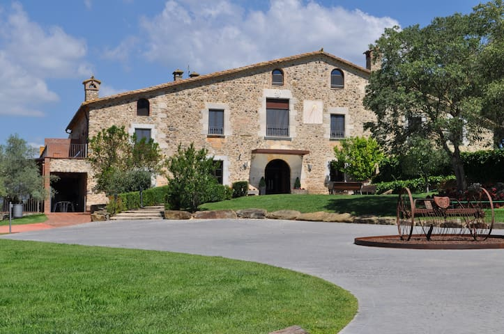 MASIA DE LUJO EN GIRONES - Sant Gregori - Villa