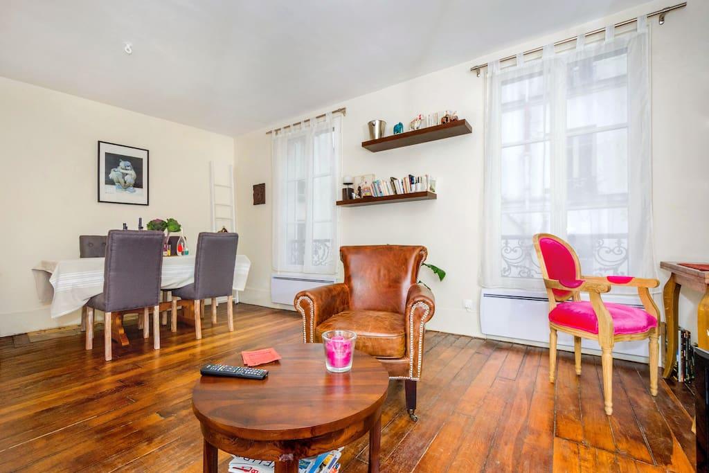 Cosy & quiet Montmartre apartment