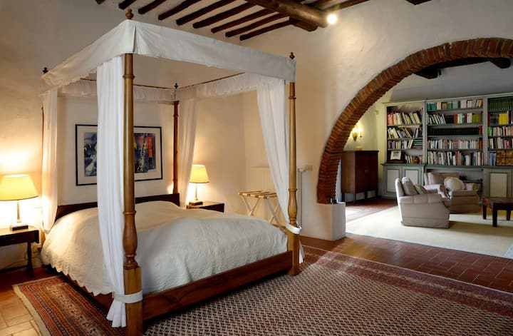 Luxury Villa on Chianti Wine Estate