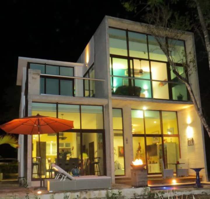 5 Star Resort Villa Golf Course +Beach Amenities