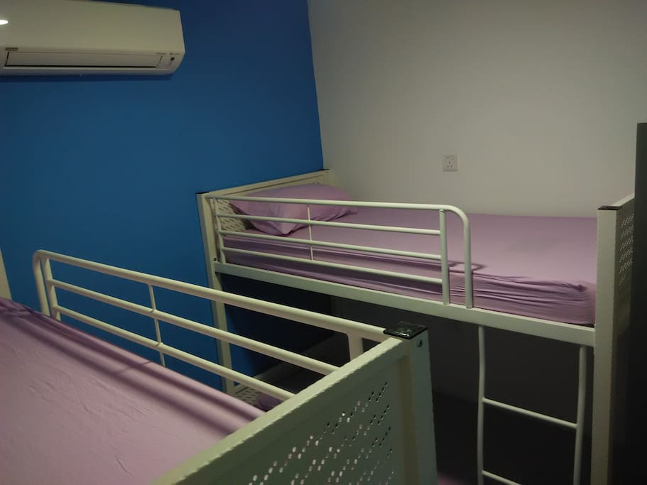 4 beds female dorm
