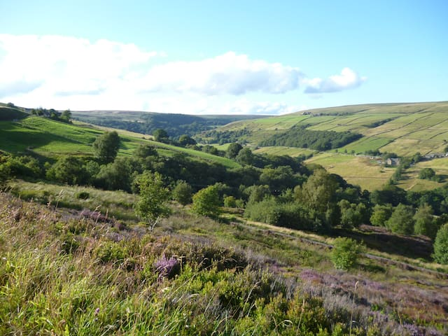 Beautiful room with stunning views - Luddenden - Casa