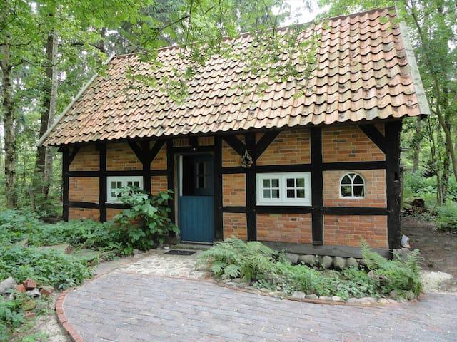 Gemütliches kleines Fachwerkhaus - Worpswede - Maison