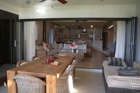 Gorgeous Spacious Villa , Tamarin - Tamarin