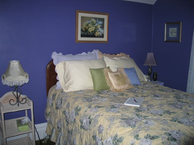 The Purple Room has a regular or double size bed.