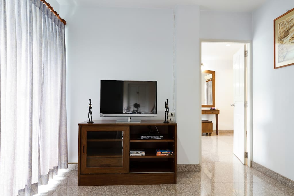 LCD TV with True Visions Cable TV
