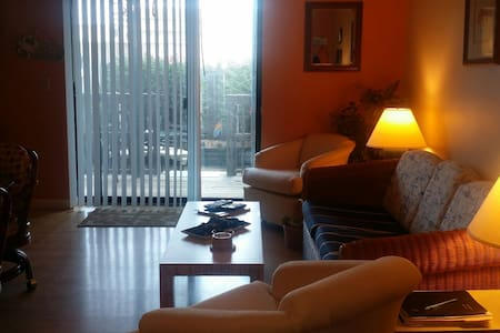 Cozy Condo Steps to The Beach! - Ocean City - Lakás