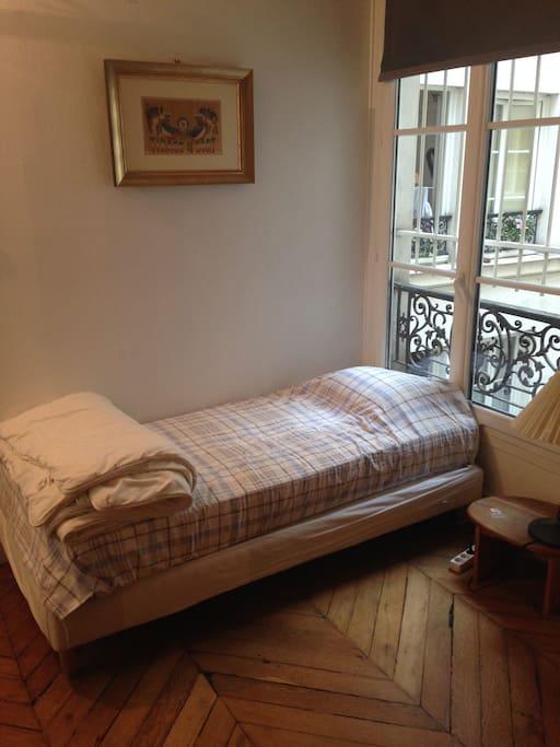 Appartement 65m2 h tel de ville flats for rent in for Flat hotel paris