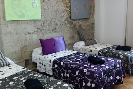 Studio Calle Mayor - Talo