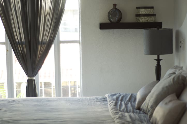 House or Rooms 5 min from Beach! - Crucecita - Huis