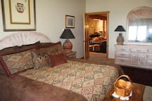 Bedroom 3: King bed