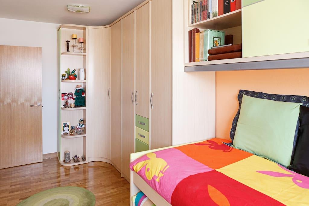 Habitación con dos camas y wifi