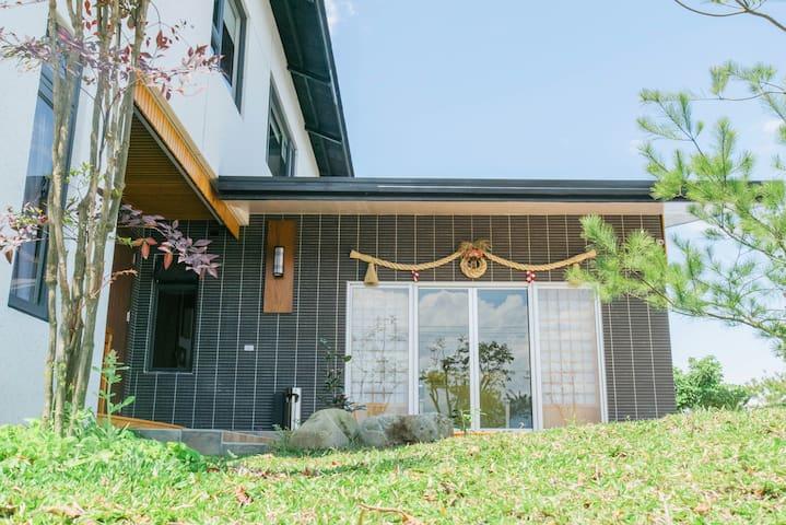 楓潮宿墅-輕日式和風獨棟庭園別墅(8-14人)