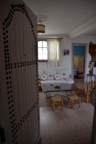 Bel appartement en jolies terrasses proche médina