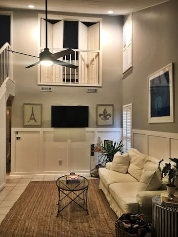 Quaint condo only steps from the beach!