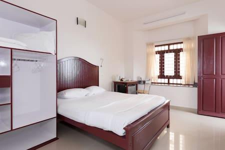 Three bedroom AC accommodation  facing  Beach - Ernakulam