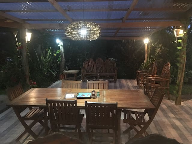 Cómoda y acogedora cabaña - El Peñol - Hus