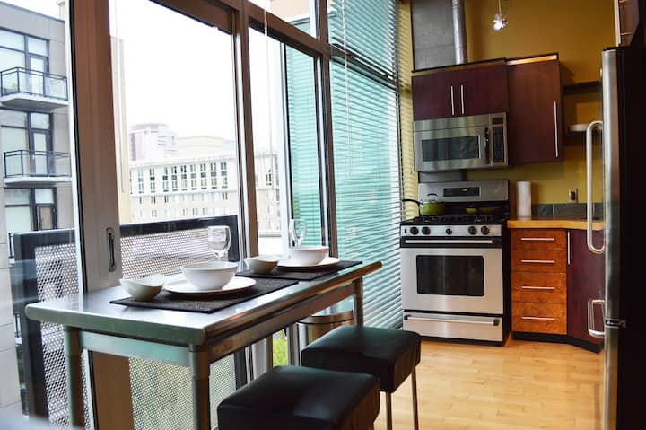Modern Two-Story Condo Downtown!