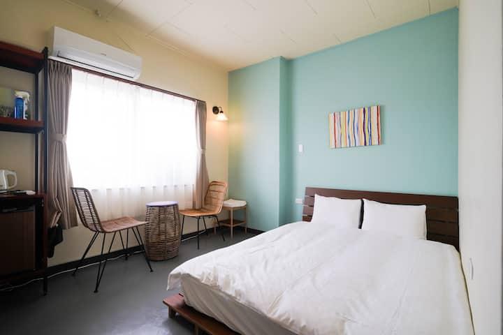 ゆっくり12時チェックアウト。名護の中心 ホテルの部屋をairbnbで借りれる