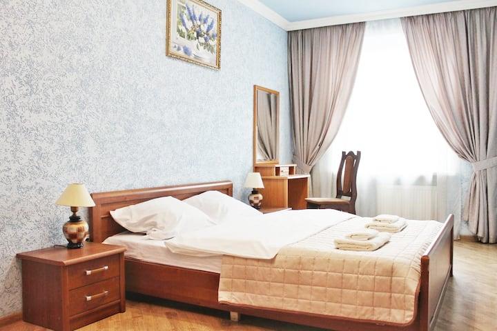 Апартаменти на Площі Міцкевича 5 центр містаю