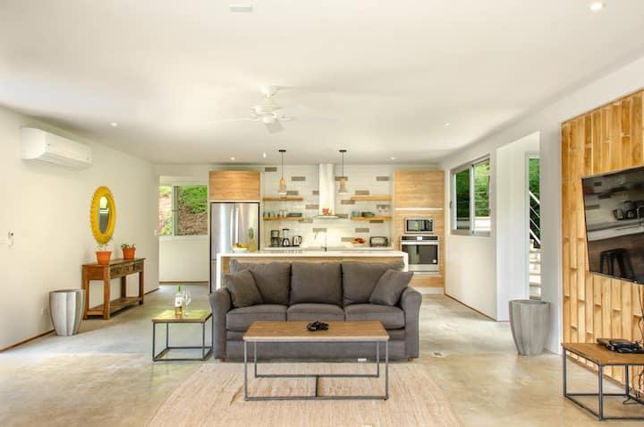 Casa Canopy - New Modern Villa at Playa Grande