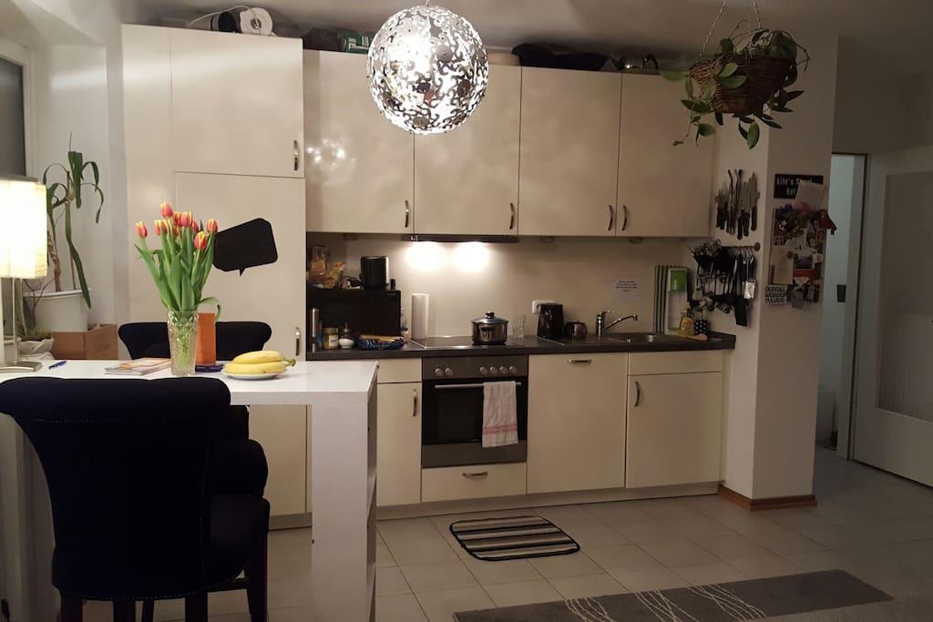 moderne Küche, sehr sauber