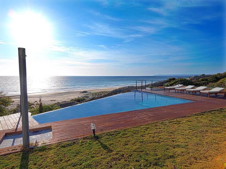 Habitación doble baño privado salida piscina wifi