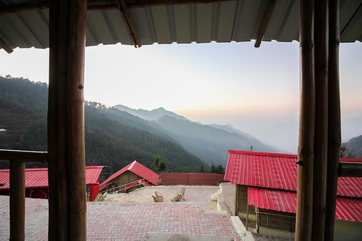 Glamwood Resort Dhanaulti - Classic Room 102