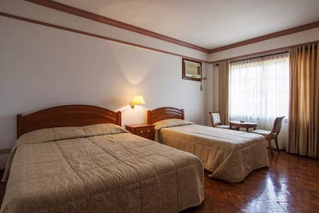 Grand Deluxe Room - Buhi - Bed & Breakfast