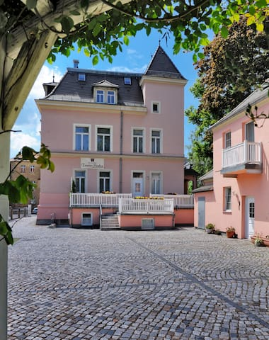 Maisonette Zimmer im Gartenhaus - Bautzen - Pousada