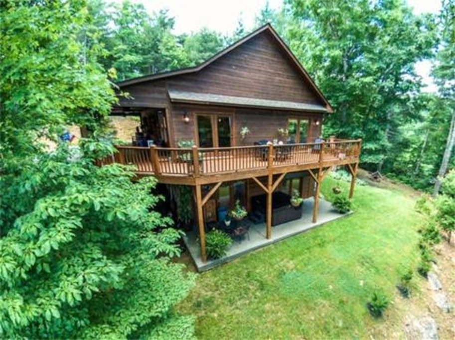 5 bears cabin fall fabulous rustic luxurious cabins for Table rock nc cabins