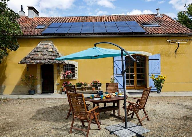 17e eeuwse boerderij - Naussannes - บ้าน