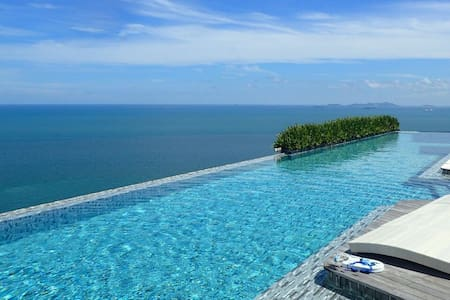 Private beach, stunning pool, tranquil Pattaya - Muang Pattaya