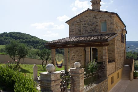 Bea Villa Bea - Casa piscina - Bed & Breakfast
