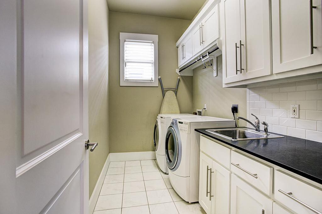 Wash room with provided detergent for cleaning!