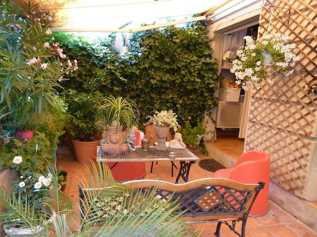 4 pièces avec jardin au coeur d'Aix - Aix-en-Provence - Wohnung