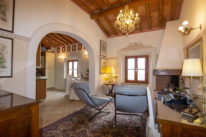 """Villa Mocarello """" IL LECCIO"""""""