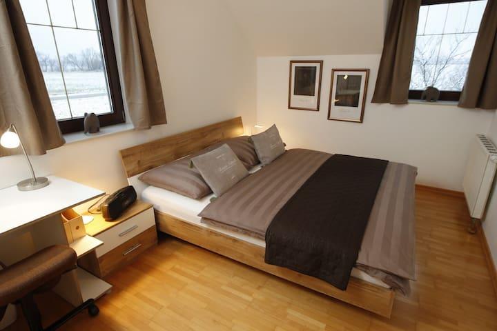 Traumhaft großes, sonniges Haus in Wien Nähe