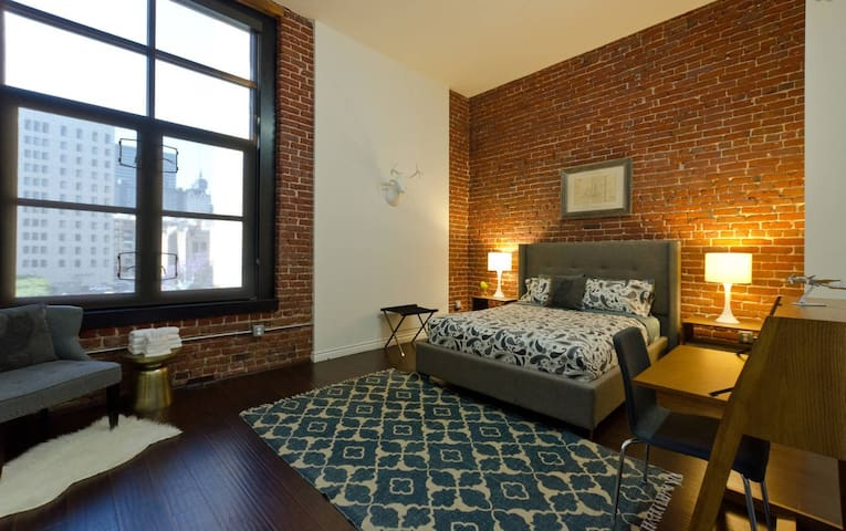 NEW Hip Loft CLOSE TO EVERYTHING - Los Angeles - Huoneisto