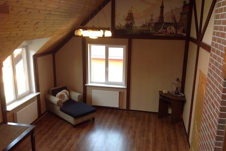 Комната в особняке, Room in a house - Kaliningrad