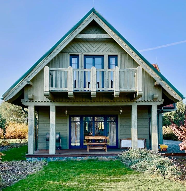 Samodzielny domek niebieski w pensjonacie Wnukowo