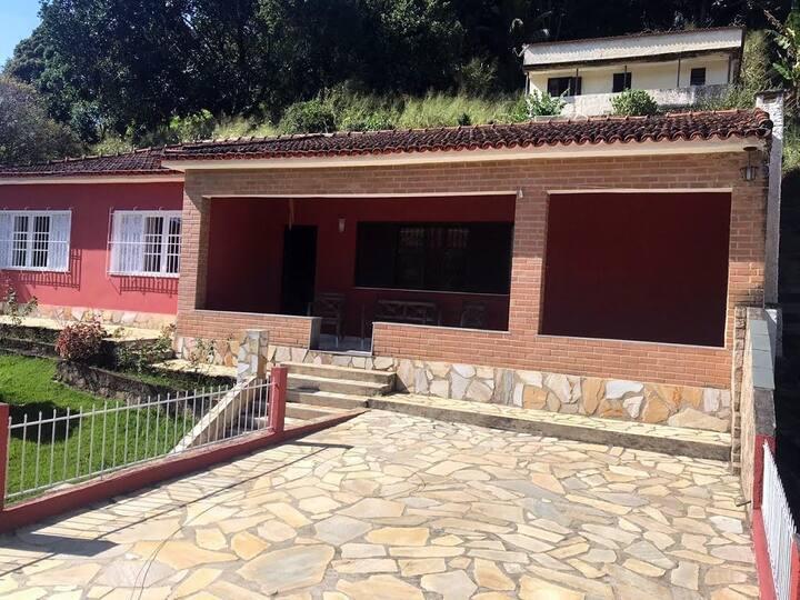 Magnifica casa na região serrana - Miguel Pereira