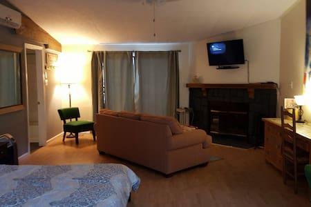 Inn at MST, Suite - Madrid - Byt