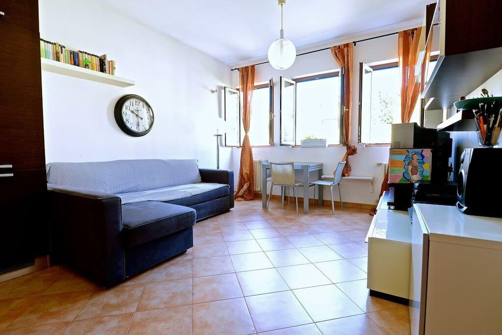 Bilocale milan centro navigli appartamenti in affitto a for Appartamenti affitto milano centro