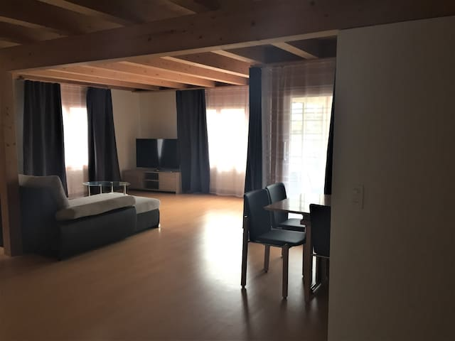 Private room for 3 people in Interlaken
