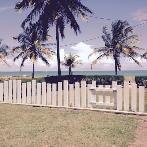 Tamandaré - Casa à beira mar. - Tamandaré