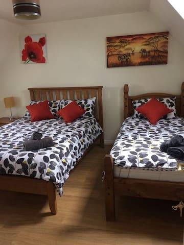 2 Bedrooms suite George House